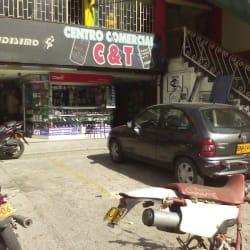Centro Comercial C & T  en Bogotá
