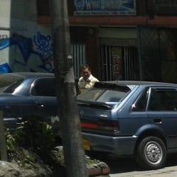 Alarmas & Radios White Brothers en Bogotá