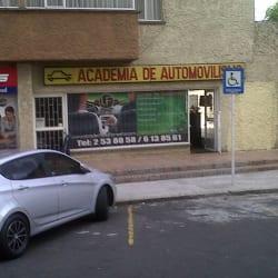 Academia de Automovilismo La Floresta en Bogotá