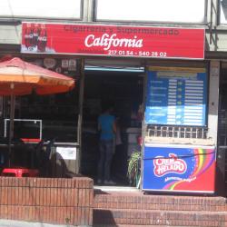 Cigarrería y Supermercado California en Bogotá