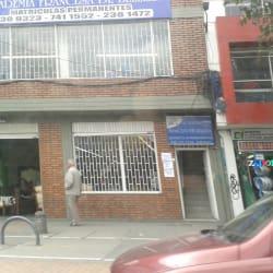 Academia Francesa de Belleza Autopista Sur con 50 en Bogotá