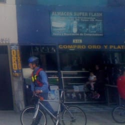 Almacén Súper Flash en Bogotá