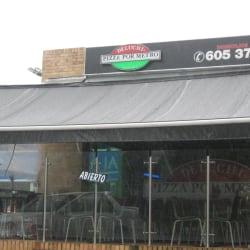 Deluchi Pizza por Metro Chicó en Bogotá