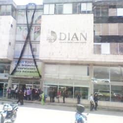 DIAN Punto de Contacto Aduana de Bogotá Avenida 68 en Bogotá