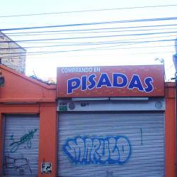 Comprando en Pisadas en Bogotá
