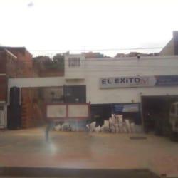 Depósito y Ferretería El Éxito en Bogotá