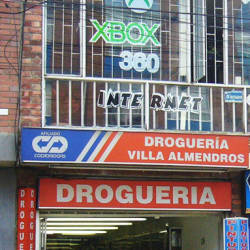 Droguería Villa Almendros en Bogotá