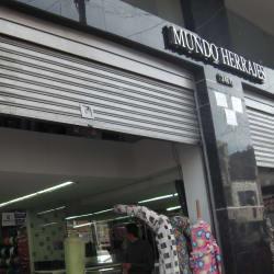 Mundo Herrajes en Bogotá