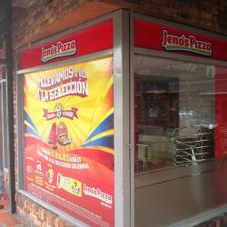 Jeno's Pizza Caobos en Bogotá
