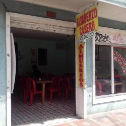 Almuerzo Casero Calle 44 en Bogotá
