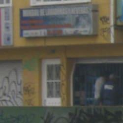 Mundial de Lavadoras y Neveras Avenida Primera de Mayo en Bogotá