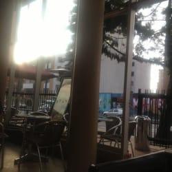 Juan Valdez Café Carrera 7 con 61 en Bogotá