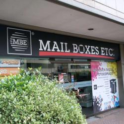 Mail Boxes ETC Carrera 7 con 72 en Bogotá