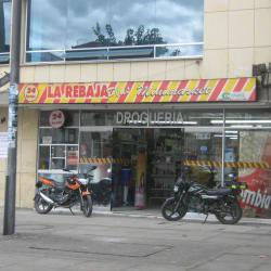Droguería La Rebaja Carrera 15 con 81 en Bogotá