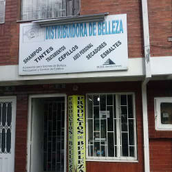 Distribuidora De Belleza Carrera 103 con 141 en Bogotá