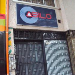 Asilo Bar en Bogotá
