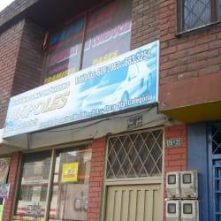 Academia de Automovilismo Napoles en Bogotá