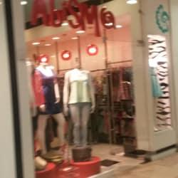 Abismo Mall Plaza Alameda  en Santiago