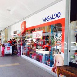Play Box - Los Dominicos (de Ansaldo) en Santiago