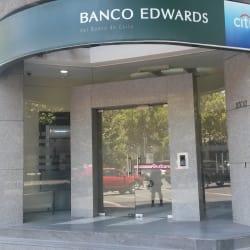 Banco Edwards Citi - Av. Nueva Providencia / Av. Suecia en Santiago