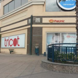 Tricot - Mall Paseo Quilin  en Santiago