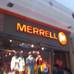 Merrell - Mall Florida Center en Santiago