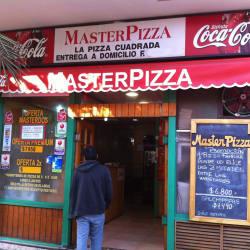 Restaurante Master Pizza en Santiago