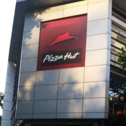 Pizza Hut - Guardia Vieja en Santiago