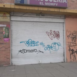 Droguería El Mompy en Bogotá