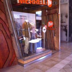 Merrell - Mall Portal La Dehesa en Santiago