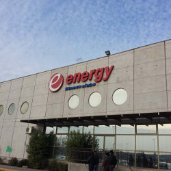 Energy - Mall Plaza Oeste en Santiago