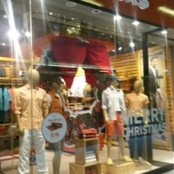 Dockers - Costanera Center en Santiago