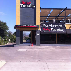 Ruby Tuesday - Cantagallo en Santiago