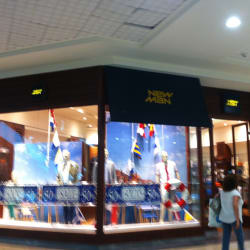 New Man - Mall Florida Center en Santiago