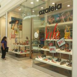 Azaleia - Mall Plaza Vespucio en Santiago
