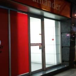 Banco Santander Ricardo Lyon en Santiago