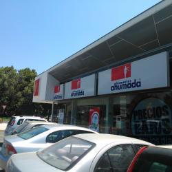 Farmacia Ahumada - Pedro Fontova / Calle de la Viña en Santiago