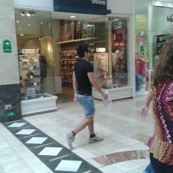 Colloky - Mall Plaza Vespucio en Santiago