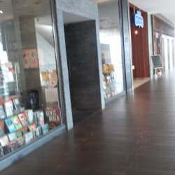 Librería Contrapunto - Mall Plaza Egaña  en Santiago