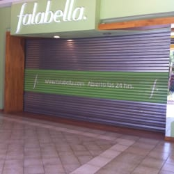Falabella - Mall Portal La Dehesa en Santiago