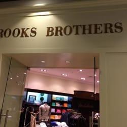 Brooks Brothers - Parque Arauco en Santiago