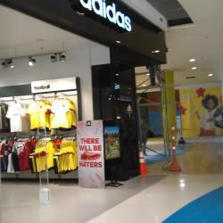 Adidas Ecoplaza Mosquera en Bogotá