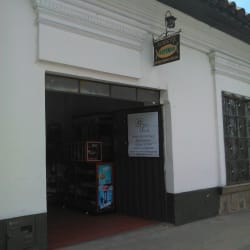 Dora Castillo Ropa Deportiva en Bogotá