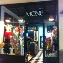 Boutique Mone - Paseo Quilín en Santiago