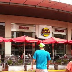 Johnny Rockets - Mall Plaza Vespucio en Santiago