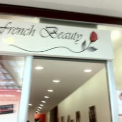 French Beauty - Mall Plaza Vespucio en Santiago
