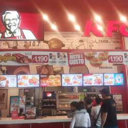 KFC - Mall Plaza Egaña en Santiago
