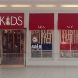 Hush Puppies Kids - Mall Plaza Egaña en Santiago