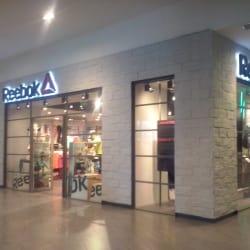 Reebok - Plaza Oeste en Santiago
