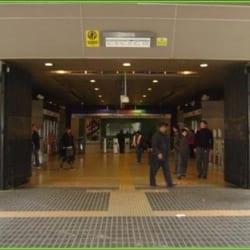 Cajero Metro Macul en Santiago